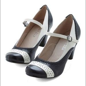 """Modcloth """"Refined Your Purpose"""" Black Ivory Heels"""